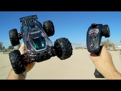 Xinlehong 9136 1/16 Scale 4WD RC Car Test Drive Review