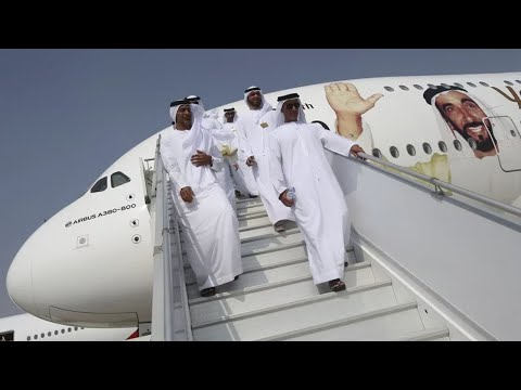 Dubai Air Show Opens With Emirates and Boeing Reaching $15.1B Deal