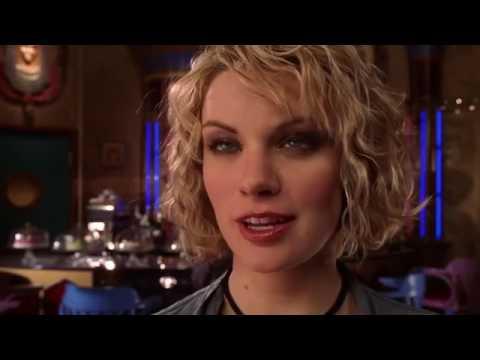 Smallville 5x16 - Clark & Lana At The Talon