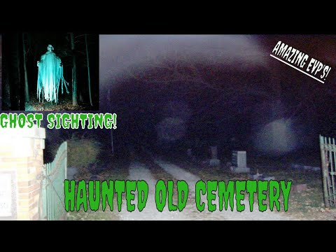GHOST SIGHTING AT THIS OLD CEMETERY!!