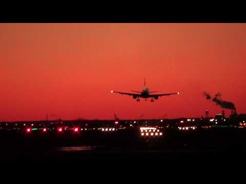 Jet Landing in Stiff Crosswind at Philadelphia Int'l Airport