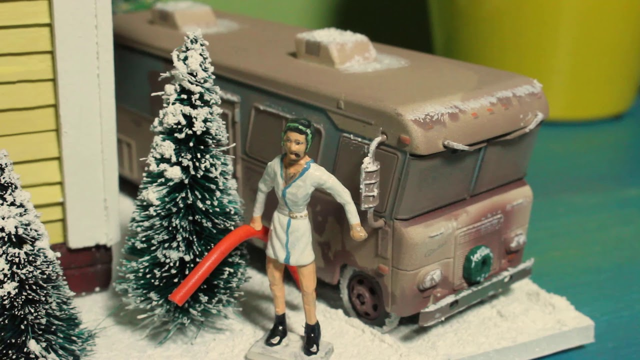 Model In Christmas Vacation.Diy Mini Griswold House From Christmas Vacation