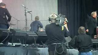 Coldplay and John Farnham - Sound Relief - SCG Sydney - Mar 14 2009