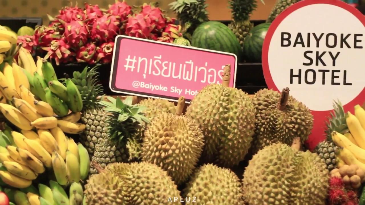 Durian & fruit buffet at Baiyoke Sky Hotel
