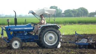 Driving ford 3600 tractor in Mau sahib,Phillaur,Jalandhar,Doaba,Punjab,India part 2