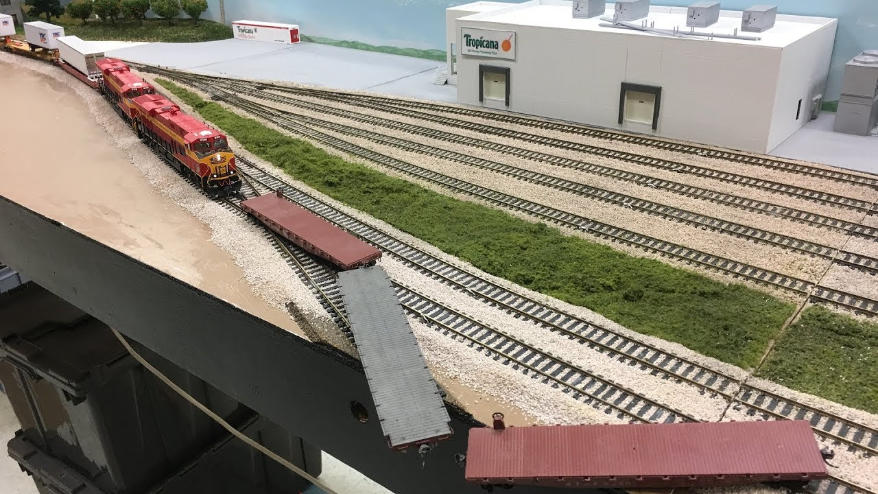 HO Scale Model Train Compilation!