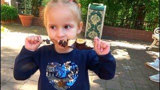 ВЛОГ Идем в Европа Парк Алина и Юляшка катаются на аттракционах в парке VLOG