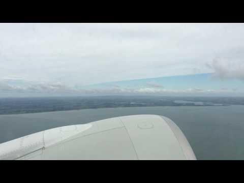 Qatar Airways Boeing 777 takeoff from Auckland