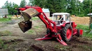 EO 2621 A kotró, csipegető kanállal (Jumz traktor)