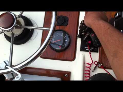 Reset oil light Suzuki outboard - YouTube