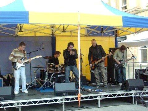 SiNKiNG CiTiES live @ Merchant City Music Festival '08