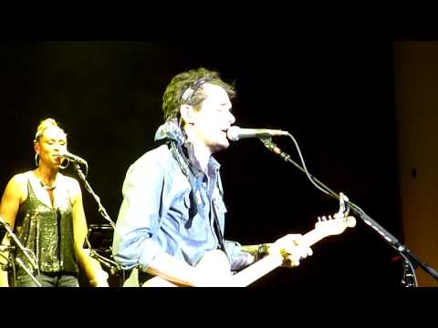 'Shadow Days' : John Mayer Live In Noblesville, IN : August 10, 2013