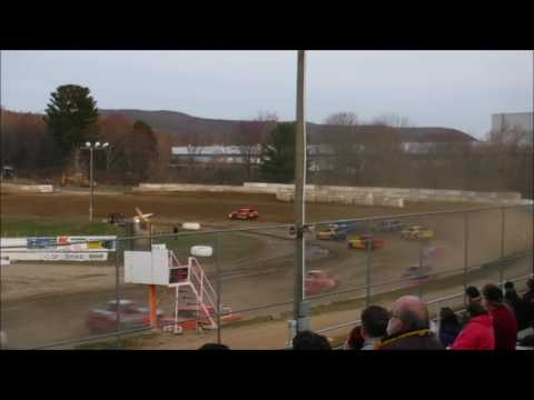 5 Mile Point Speedway - April 9, 2017 - 4 Cylinder Main