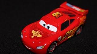 Mattel Disney Cars WGP Lightning McQueen (World Grand Prix - Racing Wheels) Die-cast