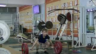 Валеев Денис, собст. вес 32 Рывок 18 кг