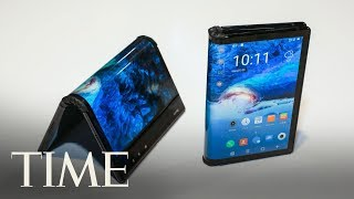Samsung's New Galaxy Fold Smartphone Opens And Closes Like A Book | TIME