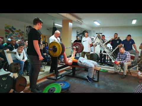 200kg wyciskanie leżąc  Sierpc
