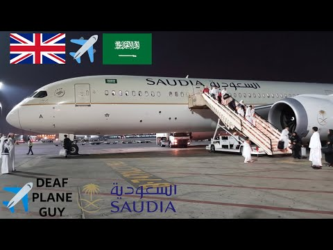 ✈️ Flight review Saudia Arabian airlines B787-9 Manchester to Jeddah March 2018
