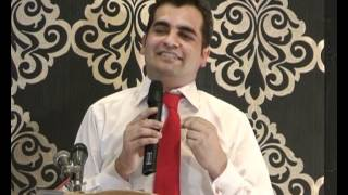 Naseer Adam-urdu poem-anual party-2011.wmv