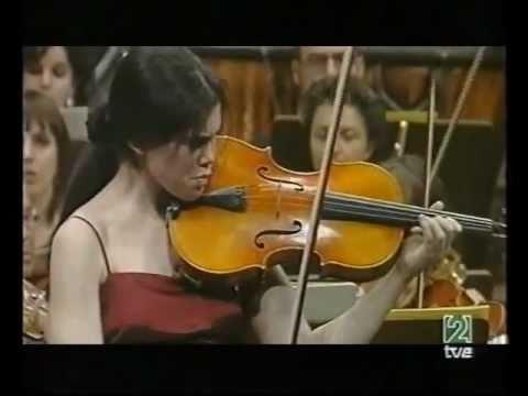 Isabel Villanueva (18) plays Bartok Viola Concerto (3/3)