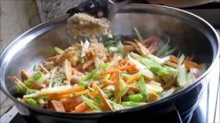 Lumpiang Gulay (Vegetable Roll) Filipino Dish