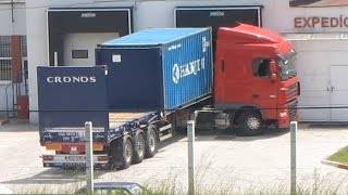 DAF XF truck unloading container and good driver