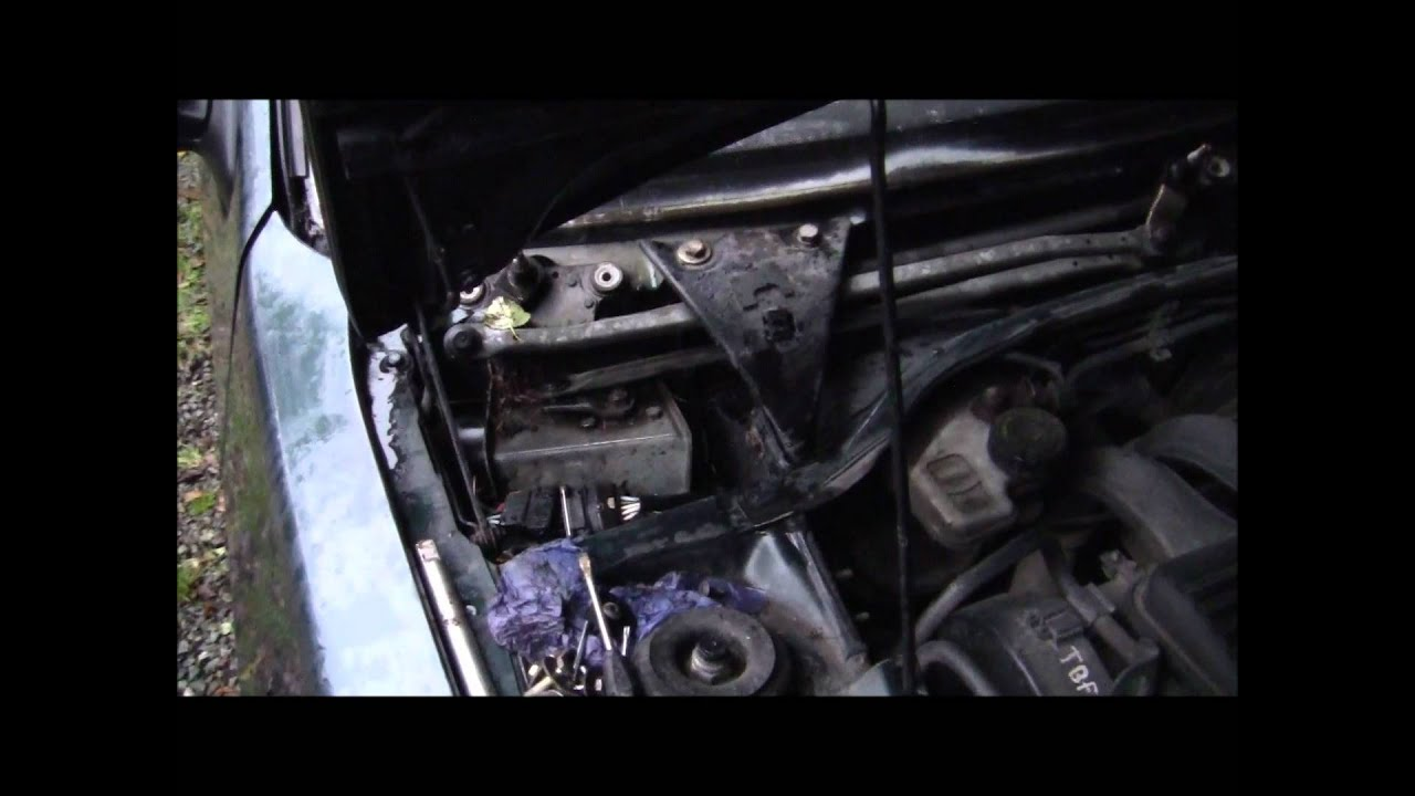 How to fit a peugeot 306 windscreen wiper motor - YouTube