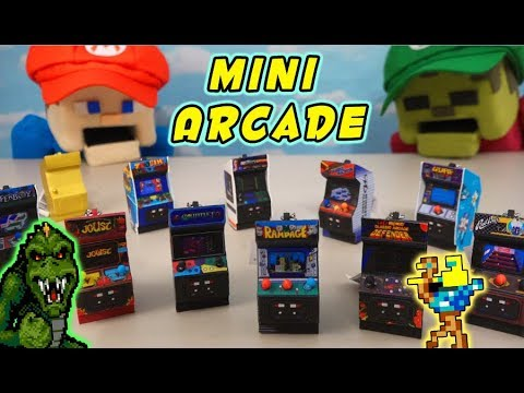 Puppet Steve Plays Mini  Game Arcade Cabinets?? RAMPAGE & Midway keychain Collection Unboxing