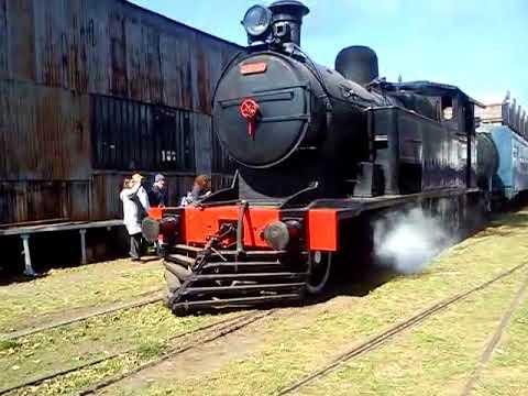 locomotora 8E Y PULLMAN WERKSPOOR ferroclub argentino (escalada)
