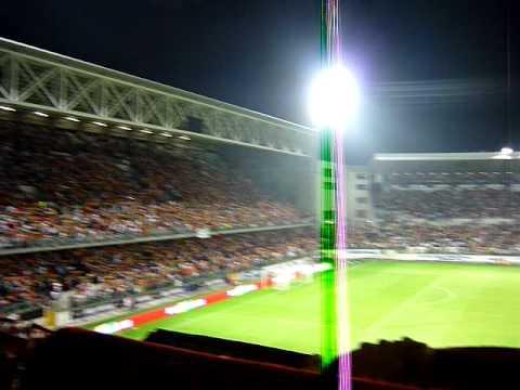 Hino de Portugal - Portugal 4x0 Malta - Est. D. Afonso Henriques - 14/10/2009