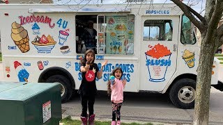 Kids Buying Ice Cream from a Real Ice cream truck!!  Pretend play