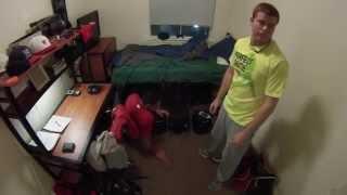 One Day With A D1 College Baseball Team (The Dorms)