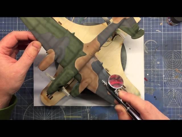 Сборка советского пикирующего бомбардировщика Пе-2 - Звезда 1:48 - 4809 - шаг 7. Крашу мелочевку, клею обои, делаю смывку.