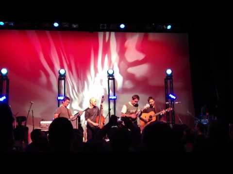 Yonder Mountain String Band - They Love Each Other [Unplugged]