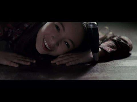【美男子】几分钟看完经典恐怖片《第39号案件》,这个萝莉你喜欢吗?