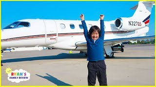 Ryan flying on a private airplane for the first time!!!
