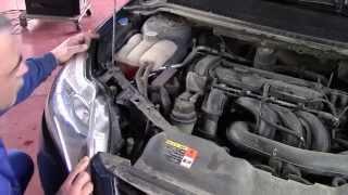 Замена лампы Форд Фокус 2
