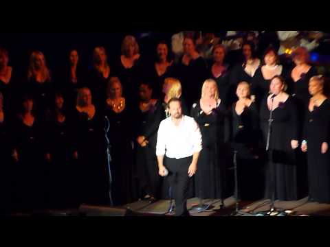 Alfie Boe + The Military Wives 'Run' Scarborough 27.06.15 HD