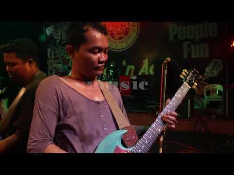 Oh Kasihan - Music Plus (Covered) - Tribute To Koes Plus - Live From THR Sriwedari Solo