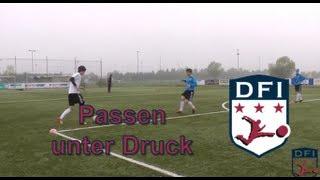 Passtraining unter Druck am Deutschen Fußball Internat