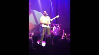 "Brian McKnight Live in Vegas. ""Can You Read My Mind"""