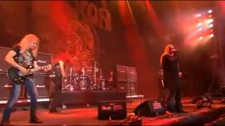 Saxon - 747 (Strangers in the Night) [Live @ W:O:A 2014]