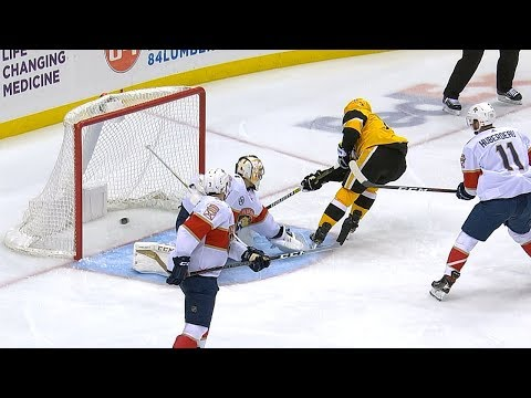 Bryan Rust, Riley Sheahan go to work on the penalty kill