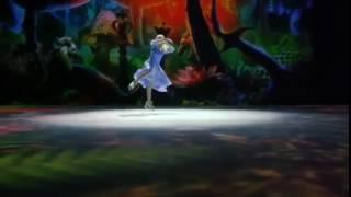 Алиса в Зазеркалье на льду