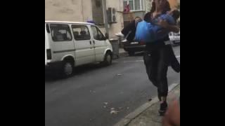 Survivor 2017 Sabriye Köksal Baba'yı kucağına alıyor