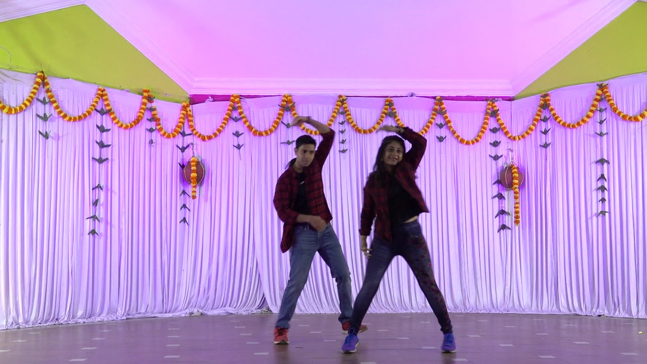 Couple dance for Tamil songs