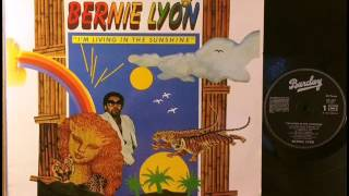 Video BERNIE LYON * YOU KEEP ME HANGIN' ON download MP3, 3GP, MP4, WEBM, AVI, FLV Juni 2018