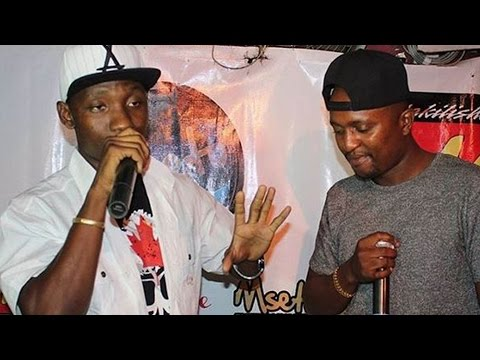 Mzazi Introducing Freestyle Rapper Kaa La Moto At Wakilisha East Africa Night (Club Tribeka)