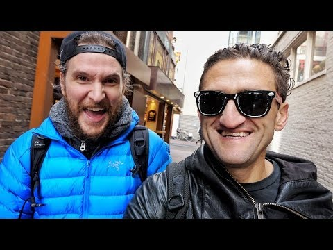 Peter Mckinnon teaches me to VLog (in AMSTERDAM)