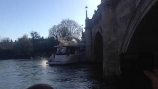 Yacht hit the bridge - Richmond